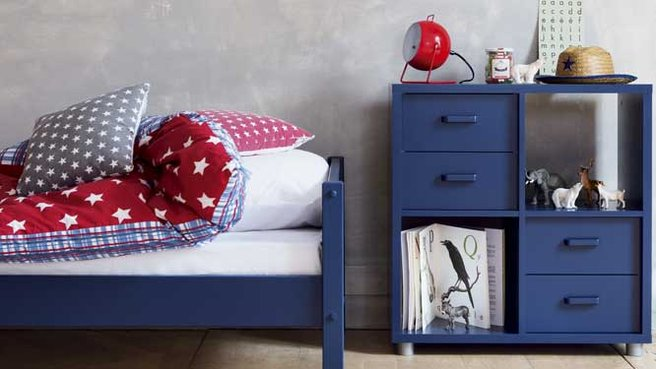 ambiance chambre gar on bleu. Black Bedroom Furniture Sets. Home Design Ideas