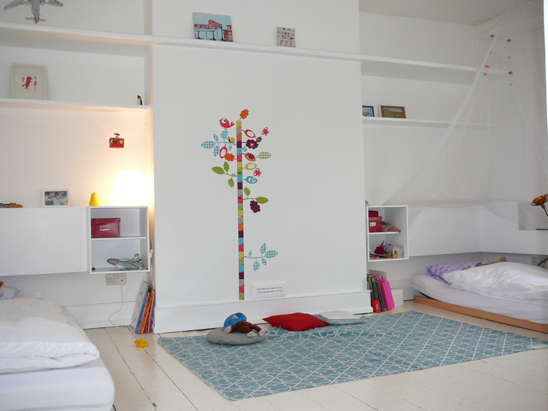 Photo d co chambre b b design for Chambre enfant deco