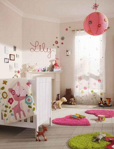 Decoration Chambre Bebe Garcon Vintage : conseil idée déco chambre bébé gris et blanc