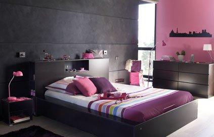 ambiance chambre gris et rouge