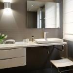 ambiance salle de bain gris et violet