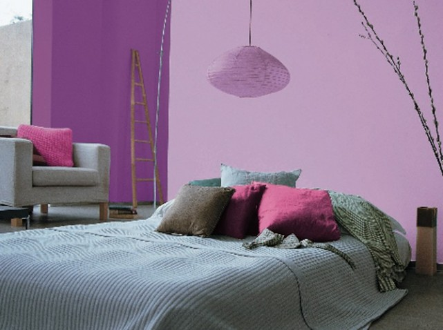 inspiration d coration chambre gris et violet. Black Bedroom Furniture Sets. Home Design Ideas