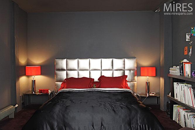 comment decorer une chambre grise. Black Bedroom Furniture Sets. Home Design Ideas