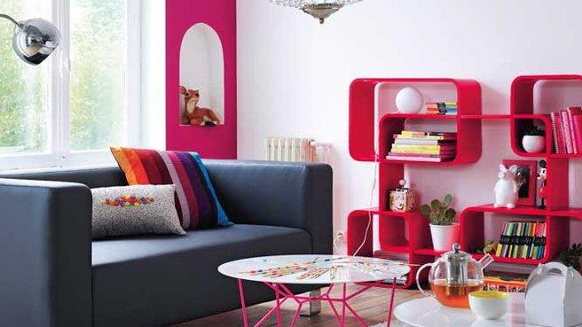 Salon noir et blanc deco - Deco salon gris et rose ...