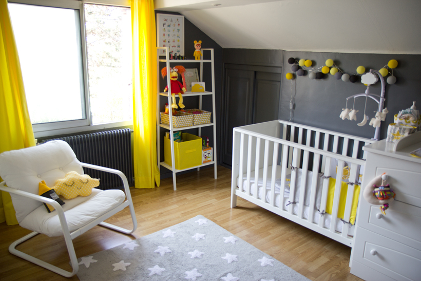 Mod le d coration chambre b b jaune for Decoration maison jaune