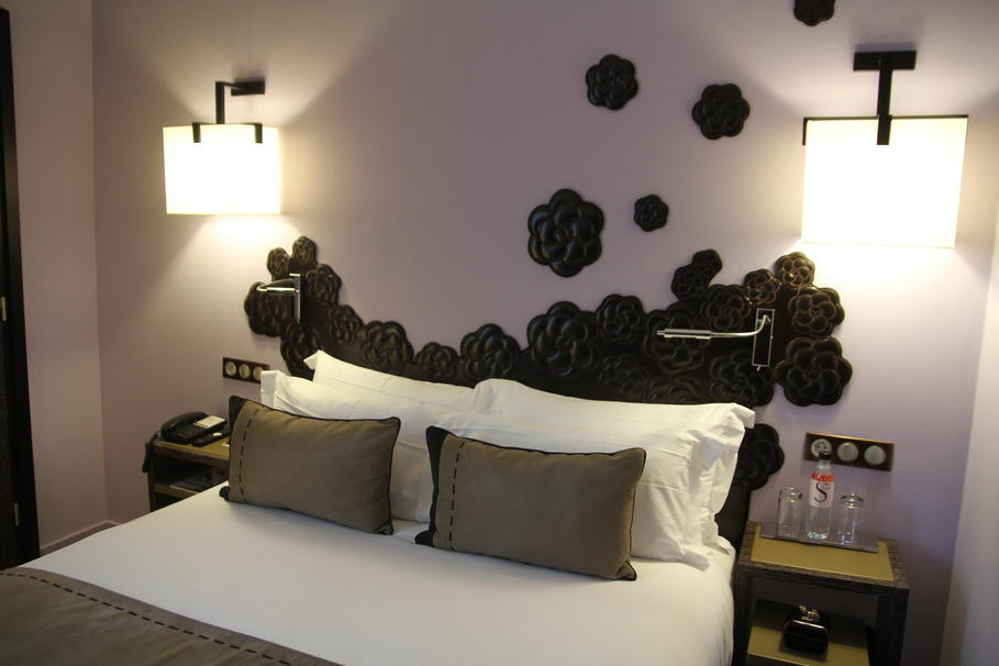id e d co chambre taupe. Black Bedroom Furniture Sets. Home Design Ideas