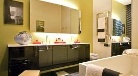 idée déco salle de bain jaune