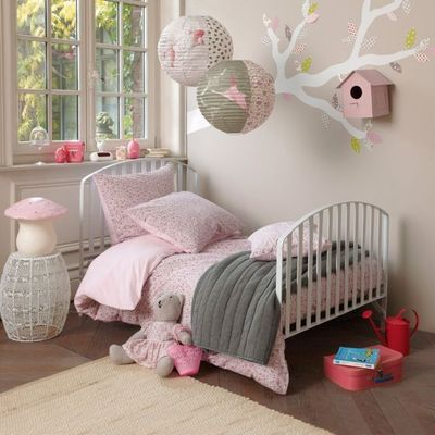 Jolie ambiance chambre fille beige for Ambiance chambre fille