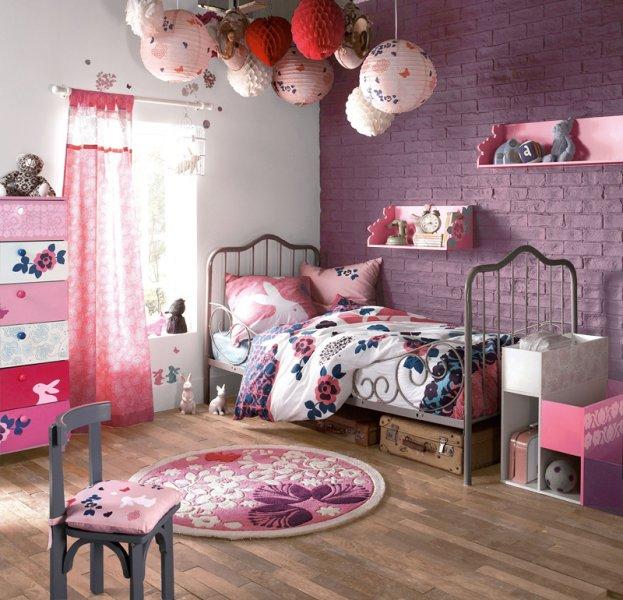 Chambre Fille Style Romantique. Chambre Rustique Angers Chambre ...