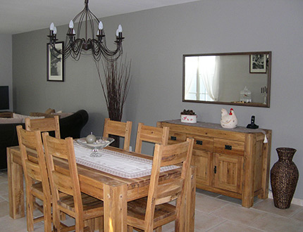 ambiance salle manger gris et blanc. Black Bedroom Furniture Sets. Home Design Ideas