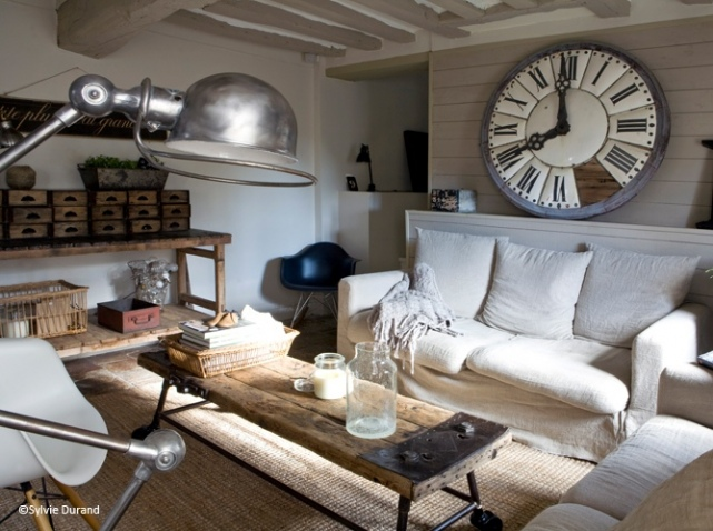 jolie ambiance salon industriel. Black Bedroom Furniture Sets. Home Design Ideas