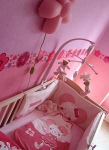 décoration chambre bébé rose