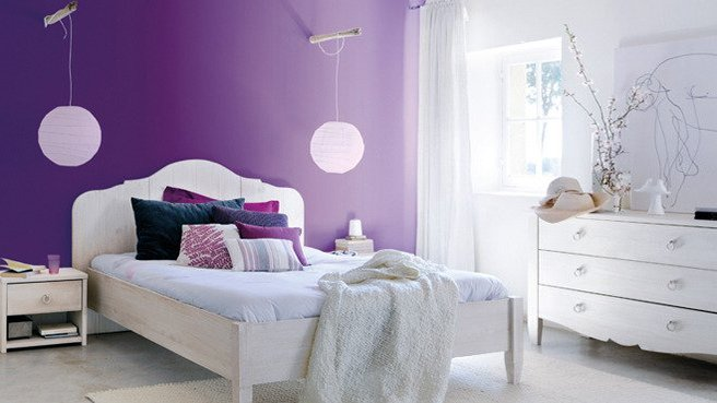 deco chambre violet blanc. Black Bedroom Furniture Sets. Home Design Ideas