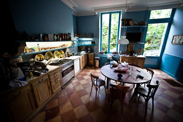 mod le d coration cuisine bleu. Black Bedroom Furniture Sets. Home Design Ideas