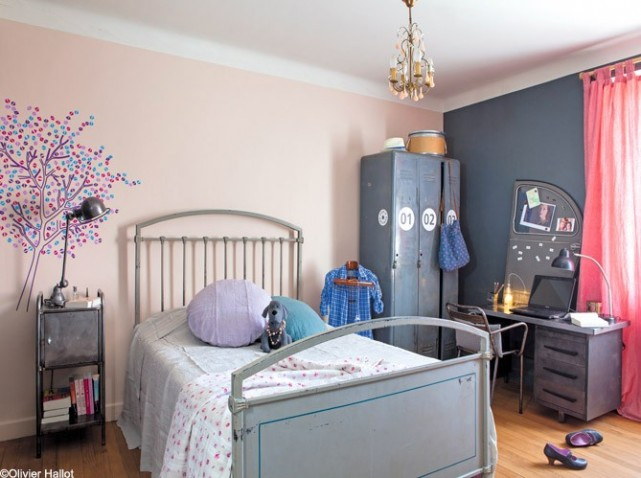 inspiration d co chambre gar on gris et violet. Black Bedroom Furniture Sets. Home Design Ideas
