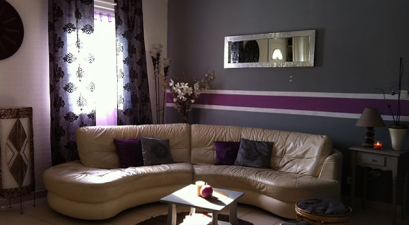 Quelle d co salon gris et violet for Deco salon gris