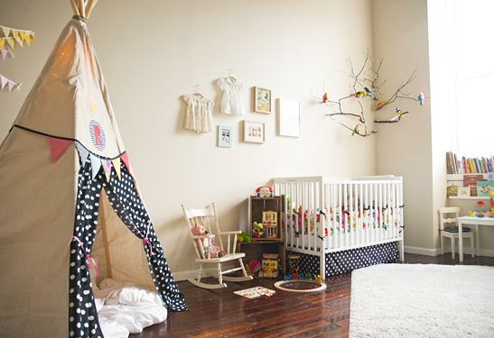 Mod le id e d co chambre b b blanc for Exemple deco chambre bebe