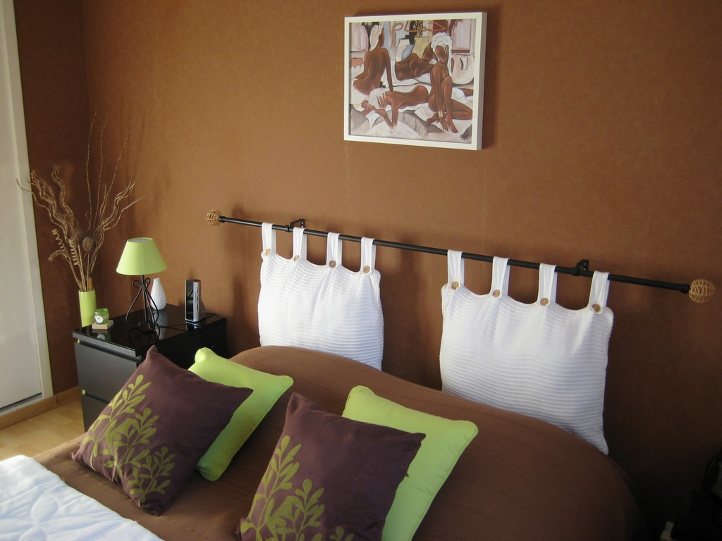 Style id e d co chambre marron for Deco maison idee