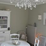 idée déco salle à manger gris et blanc
