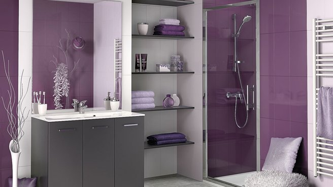 quelle d co salle de bain gris et violet. Black Bedroom Furniture Sets. Home Design Ideas