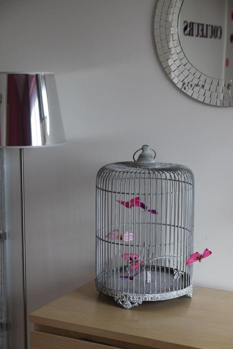 Guide d coration chambre b b gris et violet for Chambre grise et mauve bebe