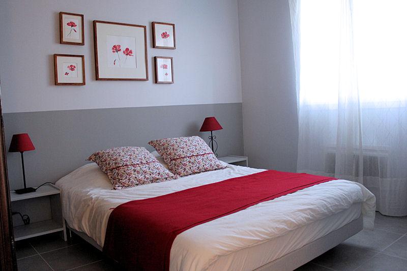 Quelle d coration chambre gris et rouge - Chambre gris et rouge ...