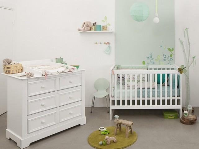 jolie déco chambre bébé blanc