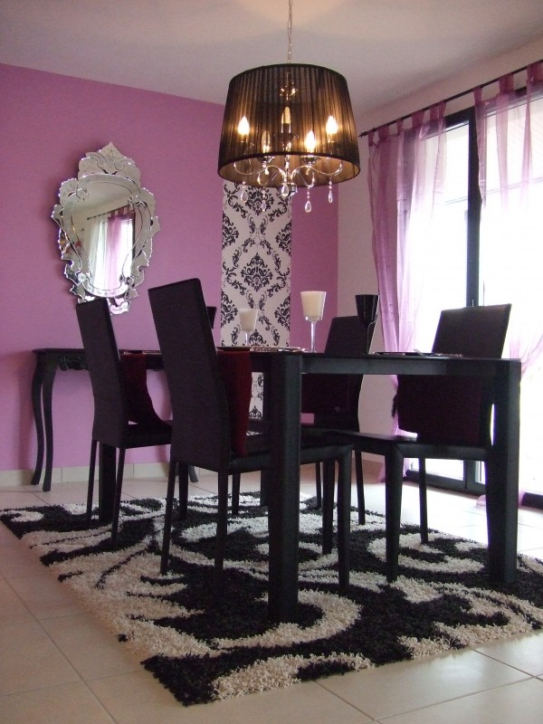 d coration salle manger violet. Black Bedroom Furniture Sets. Home Design Ideas