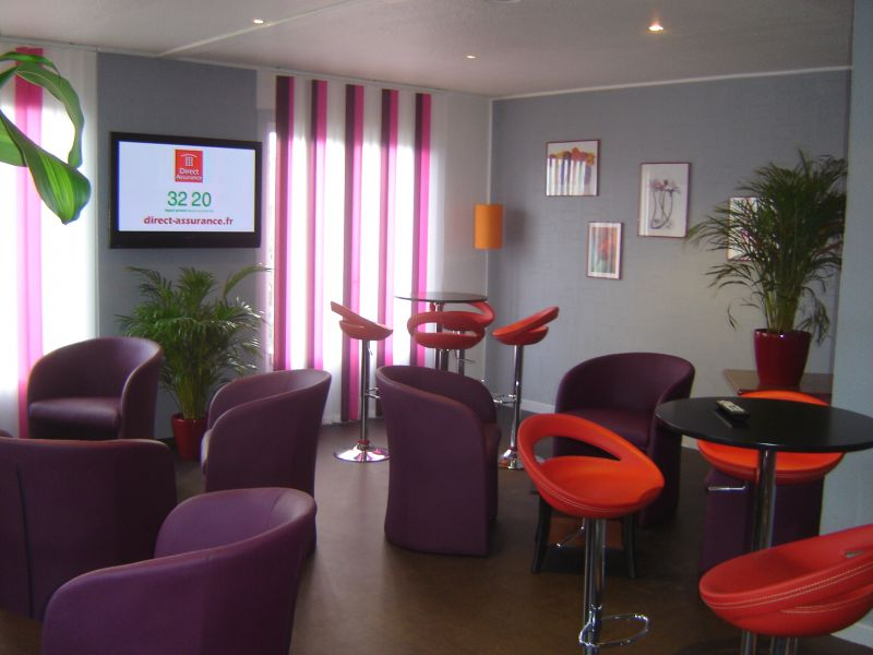 Mod le id e d co salon prune for Modele salon maison